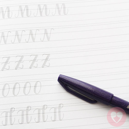 Τετράδιο καλλιγραφίας μαρκαδόρος καλλιγραφίας